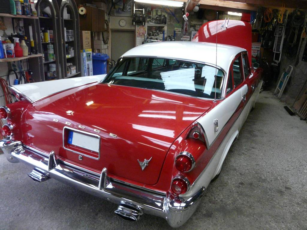 1957 Dodge Custom Royal 4 Door Sedan - Hubcap-Mama  1957 Dodge Cust...